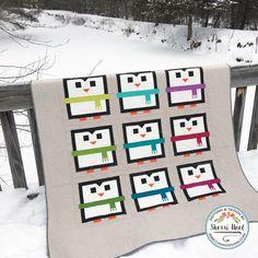 Penguin Quilt Pattern by Sherri Noel, Rebecca Mae Designs - Dress Models Cute Quilts, Lap Quilts, Strip Quilts, Small Quilts, Quilt Blocks, Mini Quilts, Fox Quilt, Quilt Art, Snowman Quilt