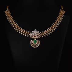 Diamond Necklace Set, Diamond Jewellery, Diamond Pendant, Gold Necklace, Antique Jewellery Designs, Indian Jewelry Sets, Gold Bangles Design, Gold Jewelry Simple, Durga