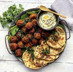 Veggie Recipes, Vegetarian Recipes, Cooking Recipes, Veggie Dinner, Moussaka, My Best Recipe, Halloumi, Dinner Is Served, Tex Mex