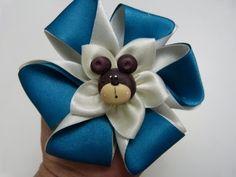 flores pequeñas en cinta para el cabello paso a paso. tutorial de flores - YouTube