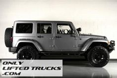 2013 Jeep Wrangler Unlimited by Starwood Custom