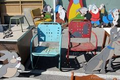 Fantastic Pair Of 1930's Art Deco Style Vintage Lawn Chairs Painted Chairs, Painted Furniture, 127 Yard Sale, Nashville Flea Market, Metal Lawn Chairs, Vintage Chairs, Vintage Metal, Art Deco Fashion, Fleas