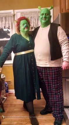 cool princess fiona and shrek costumes cool couplecouple costumeshalloween