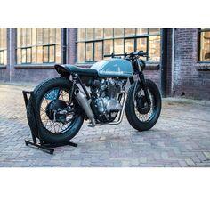 "@ridecafe59's photo: ""@frankedens #honda #cb450 #motorcycle #caferacer"""