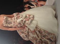 Ian Stuart floral wedding dress. For some reason, today I am all over floral wedding dresses.