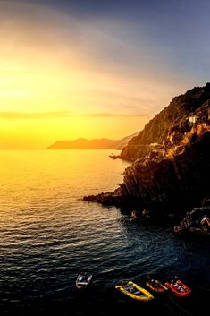 Don't know which Cinque Terre village to stay in? Check out this list of the best Airbnbs in Cinque Terre in Riomaggiore, Moterosso, Vernazza, Manarola, Corniglia, Volastra and more. #italia   Best Airbnb In Cinque Terre   Corniglia Airbnb   Manarola Airbnb   Riomaggiore Italy Photography   Where To Stay In Cinque Terre Italy   Where To Stay In Cinque Terre With Kids   Italy Travel Tips   Cinque Terre Honeymoon   How To Visit Cinque Terre   Best Hotels In Cinque Terre   5 Towns Of Cinque…