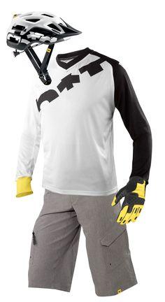 2013 Mavic Kit, Notch Helmet, Jersey, Shorts and Singletrack gloves