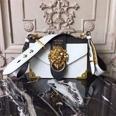 Prada Animalier Lion Head Bag Calfskin Leather Fall Winter 2017 Bag Collection White Black My Luxury Bags Fall Handbags, Best Handbags, Prada Handbags, Handbags On Sale, Fashion Handbags, Purses And Handbags, Fashion Bags, Cheap Handbags, Popular Handbags