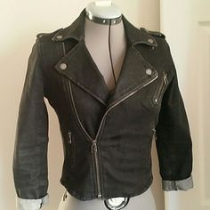 Black Wash Denim Jacket Long sleeve denim jacket, zipper in front, side pockets. Cute worn open or zipped. Great with dresses! Only worn a few times! American Eagle Outfitters Jackets & Coats Jean Jackets