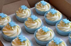 Teddy Bear Christening cupcakes