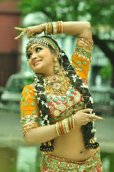 nudhi-anusha-sonali-cg-babes-hochaufloesende-bilder