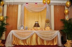 Simple Golden Birthday decor
