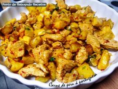 "Turkey meat ""à portiguesa"" Meat Recipes, Cooking Recipes, Portuguese Recipes, Portuguese Food, Tasty, Yummy Food, Home Food, Kung Pao Chicken, Food And Drink"