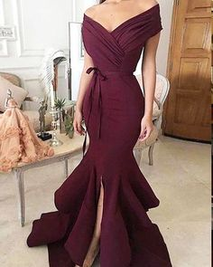 Princess Prom Dress, 2019 Unique Mermaid Off The Shoulder Ruffled & Split Burgundy Chiffon Long Prom Dresses Evening Dresses, An engrossing 2020 prom gown is usually a long flowing dress usually worn to a formal affair showing the elegant and ethereal. Mermaid Evening Dresses, Formal Evening Dresses, Evening Gowns, Evening Dresses For Weddings, Satin Dresses, Sexy Dresses, Beautiful Dresses, Party Dresses, Pageant Dresses