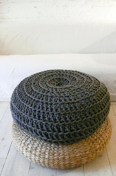 Giant Floor Cushion Crochet Dark Grey 8500 via Etsy Giant Floor Cushion Crochet Dark Grey 8500 via Etsy Giant Floor Cushion Crochet Dark Grey 8500 via Etsy Crochet Headband Pattern, Crochet Baby Hats, Hand Crochet, Giant Floor Cushions, Purl Bee, Diy Cushion, Crochet Patterns For Beginners, Crochet Ideas, Textiles