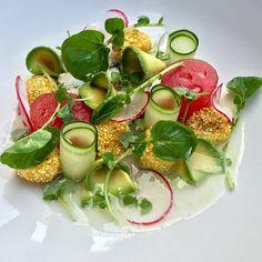 """Panzanella"" Salad #panzanella #salad #dungenesscrab #semolinacrusted #heirloomtomatoes #watermelon #cucumber #avocado #hydro #watercress #radish #tomatowater #chef #chefslife #cook #cookslife #food #foodie #foodporn #foodfetish #foodswag #foodart #foodisart #gastronomy #goodeats #fresh #italian #gastropost #theartofplating #gastroart by chefbrentomeste"