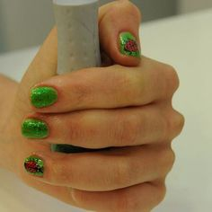 Ladybug nails--green nails are a bit extreme but still cute!
