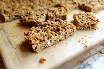 """Granola Bars and other great breakfast ideas from """"The Pioneer Woman""""."""