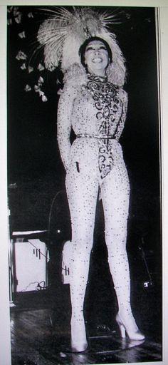 Josephine Baker performs at Carnegie Hall, 1973 Josephine Baker, Vintage Black Glamour, Vintage Beauty, Beautiful Black Women, Beautiful People, Lena Horne, Carnegie Hall, Black Actresses, Old School Music