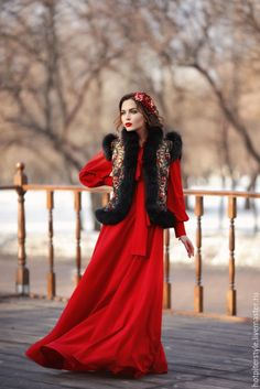 Купить Красное платье в макси длине с бантом. - платье в пол, платье макси
