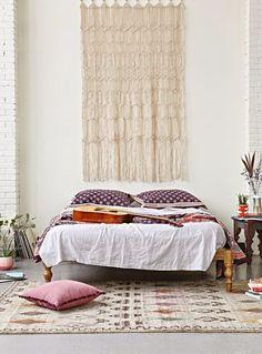 Bedroom - simple, light.