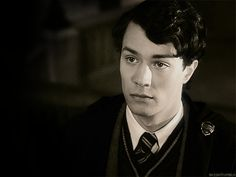 Pin for Later: The 19 Hottest Harry Potter Wizards, Ranked Tom Riddle / Christian Coulson We kind of feel guilty admitting that young Voldemort was FINE.