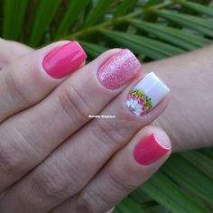 Image may contain: one or more people and closeup Cute Pedicure Designs, Nail Art Designs, Summer Toe Nails, Spring Nails, Diy Nails, Cute Nails, Magic Nails, Nail Games, Flower Nails