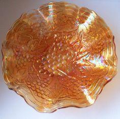 Imperial 'Grape' marigold carnival glass ruffled plate