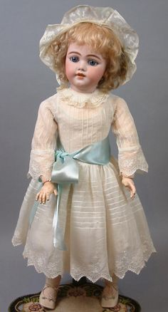 """26"""" The Most Beautiful SIMON & HALBIG 1009 Early Bisque Head Child Doll is…"""