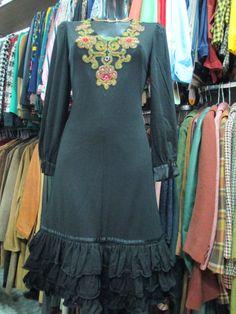 Fantastico vestito anni 70 nero con paillettes/Luisa Spagnoli/ 1970's Luisa Spagnoli  black dress with paillettes di FermataDautobus su Etsy