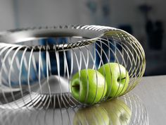 Whether pots, pans or cutlery: WMF manufactures high-quality cookware. Compare and shop online directly from WMF. Kitchen Designs, Serving Bowls, Steel, Deco, Tableware, Fruit Bowls, Cuisine, Pots, Industrial Design