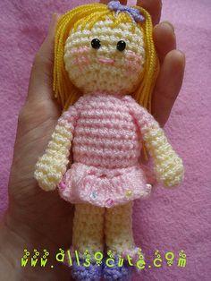 amigurumi pink girl