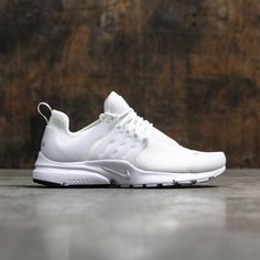 more photos ee728 48d9a Nike Women Air Presto (white   pure platinum-white) Nike Air Presto White