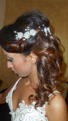 Snapped...in salone! Una sposa con il suo Degradé Joelle #cdj #degradejoelle #tagliopuntearia #degradé #dettaglidistile #welovecdj #bride #beautifulhair #naturalshades #hair #hairstyle #hairstyles #haircolour #haircut #fashion #longhair #style #hairfashion