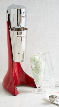 make your own shake at home http://rstyle.me/n/t743er9te