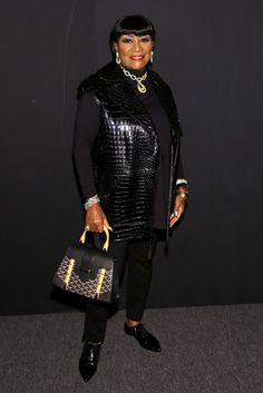 Patti LaBelle Photos Photos: Zang Toi - Backstage - Spring 2016 New York Fashion Week: The Shows Vintage Black Glamour, Advanced Style, Ageless Beauty, My Black Is Beautiful, Black Women Art, Iconic Women, People Dress, Celebs, Celebrities