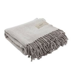 Throw in cotton from Ernst Kirchsteiger. Available in two colours, dark grey and light grey. Headboards For Beds, Furniture Making, Barn Wood, Simple Designs, Design Elements, Beige, Home Decor, Bomull, Throw Blankets