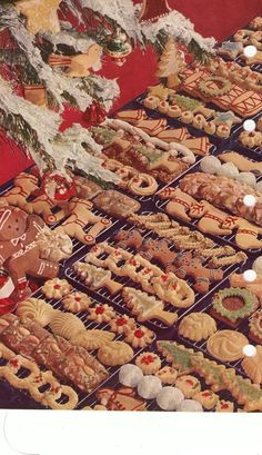 Christmas baking from Betty Crocker cookbook. Loved looking at all the beautiful pictures in This cook book. I soooo remember this ! I would bake for a week and give them to neighbors and family & friends. Memories so many of them. 1950s Christmas, Noel Christmas, Christmas Goodies, Christmas Treats, Xmas, Primitive Christmas, Country Christmas, Retro Recipes, Vintage Recipes