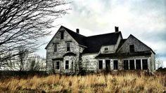 Old Buildings, Abandoned Buildings, Abandoned Places, Abandoned Property, Spooky Places, Bridgetown, Old Houses, Farm Houses, Nova Scotia