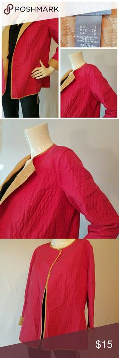 Sigrid Olsen Jacket great lightweight Sigrid Olsen jacket in fuchsia and camel. Quilted design fabric with a comfortable loose fit.  No buttons or front closure. Perfect over a tank or tee. Excellent condition. Easily can fit medium. Sigrid Olsen Jackets & Coats Blazers