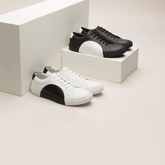 Handcrafted Circle Lows in Black & White. ⚪️⚫️#WeAreThey