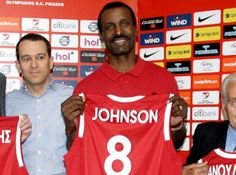 "RedTheos24: Τζόνσον: ""Αν με θέλουν στον Ολυμπιακό, έρχομαι"""