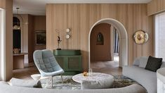 Театральный интерьер дома в Мельбурне – проект Kennedy Nolan. Владельцы дома в пригороде Мельбурна поставили дизайнерам задачу заполнить пространство эстетикой – чтобы красота была везде, куда бы ни попал взгляд.