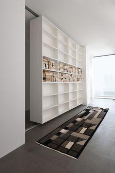 Bookshelf partition wall - open