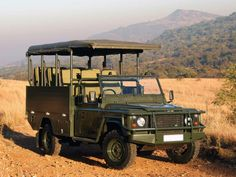 Land Rover Defender 130 Safari V