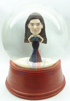 I am delighted you found my listing. I will create for you a hand made, custom single snow globe where the body and base is as shown in my listing and we will hand sculpt the head from the photo you provide to us onto this piece. We of course match the complexion of your photo to the piece. This is a hand made snow globe, sealed to last and sculpted to make your friends envy you. The perfect gift item.  After you purchase this job, we will send you more information for you to complete. This…