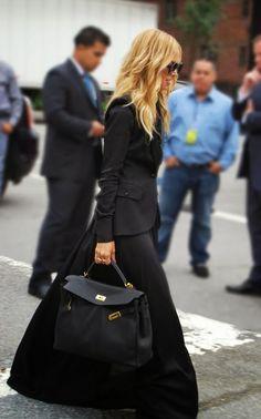 Stylist Rachel Zoe in modest outfit hijab tznius | Mode-sty