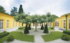 The thermal spa at the Austrian spa town of Bad Schallerbach provides a prime location for wellness - Therapy in Austria - Therapien im EurothermenResort Bad Schallerbach - http://www.eurothermen.at/en-bad-schallerbach-wellness-spa-bad-schallerbach.htm