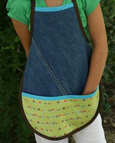 Upcycle old blue jeans for a gardening apron!