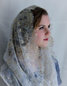 Evintage Veils~ Regina Caeli Antique Gold-on-White Spanish Style Lace Traditional Vintage Inspired Infinity Shape Mantilla Chapel Veil by EvintageVeils on Etsy Mantilla Veil, Lace Veils, Chapel Veil, Spanish Style Homes, Altering Clothes, Real Beauty, Antique Gold, Vintage Inspired, Saint Quotes